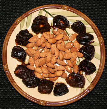 almonds & prunes