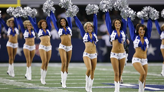 dal_g_cowboys_cheerleaders_b1_576