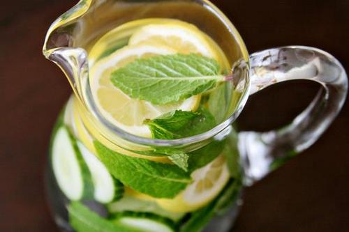 Lemon-Mint-and-Cucumber-The-Delicious-Detox
